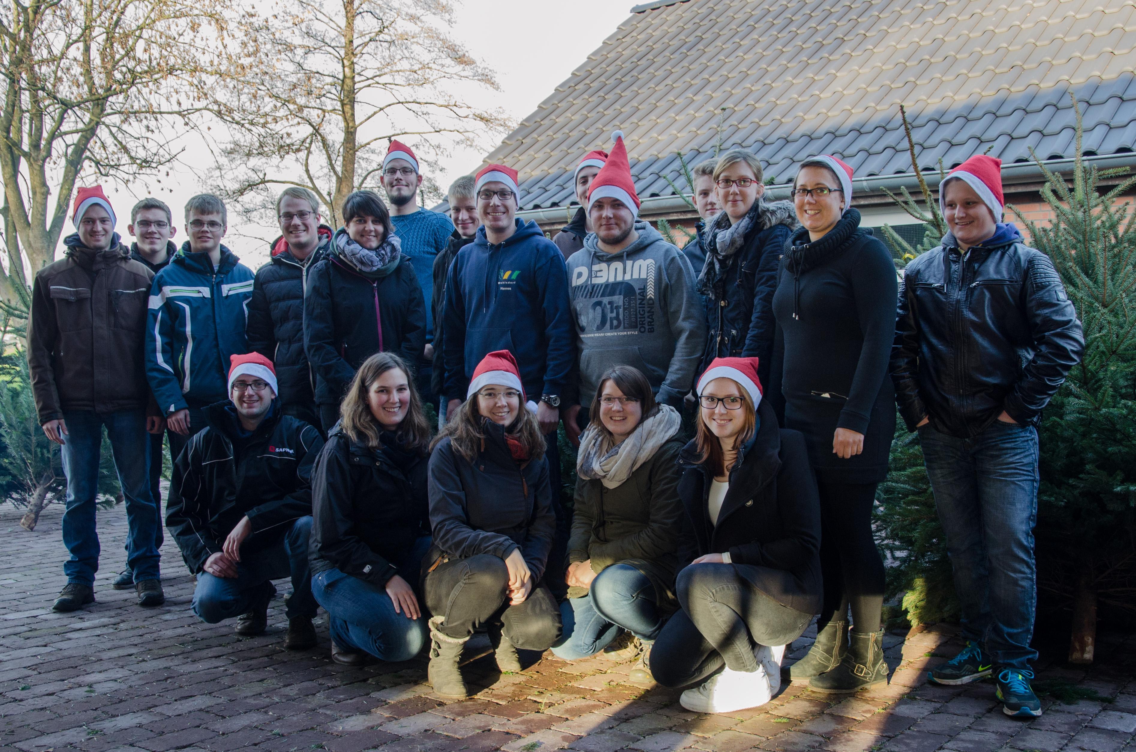 Agaplesion gag landjugend wohlsdorf engagiert sich und spendet f r freibettfonds des - Weihnachtsbaumverkauf hamburg ...